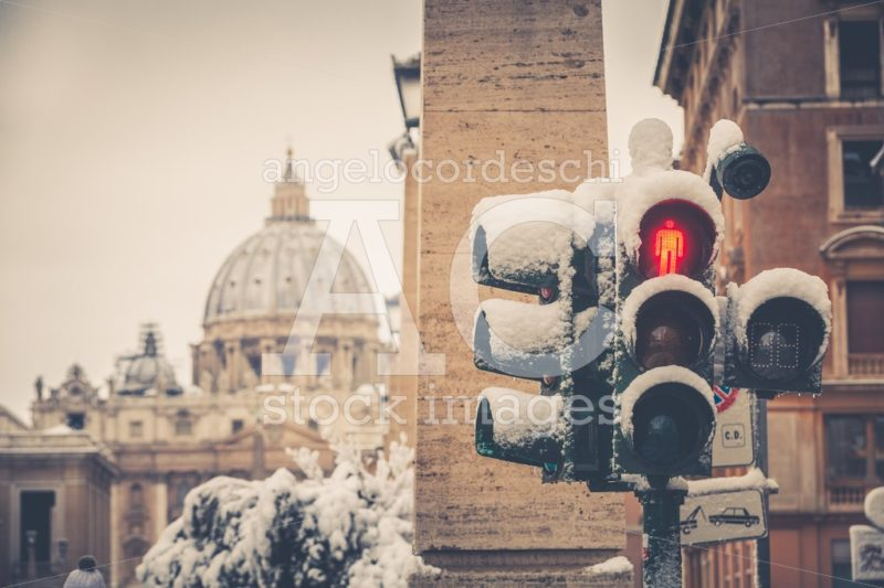 Traffic Light Covered With Snow. Extraordinary Climate Event In Angelo Cordeschi